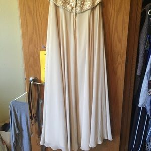 Size 18 Morilee prom dress champagne color
